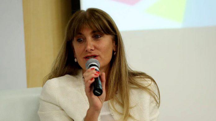 Alejandra Lazzaro